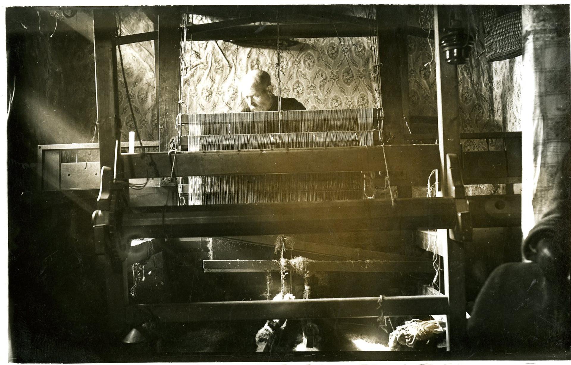 harris tweed authority archival postcard weaving