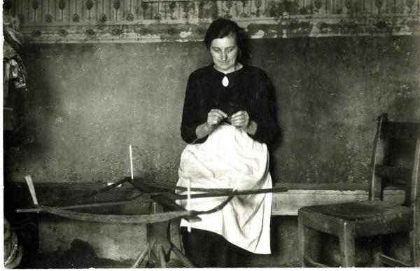 Harris Tweed Authority Archive Beaming Yarn