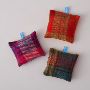Helen Chatterton Harris Tweed® Lavender Bags